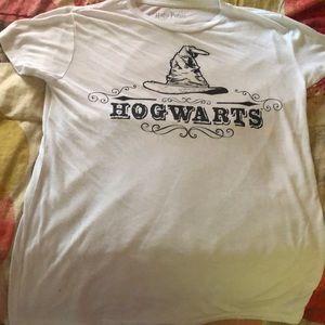 Hog warts t-shirt